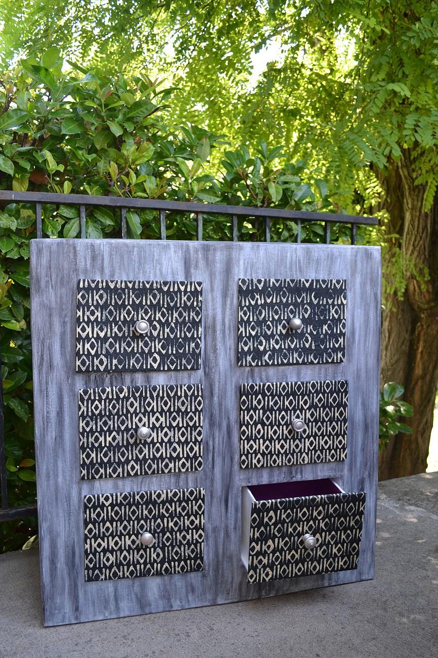 portfolio esprit recup 39 commode en carton 6 tiroirs. Black Bedroom Furniture Sets. Home Design Ideas